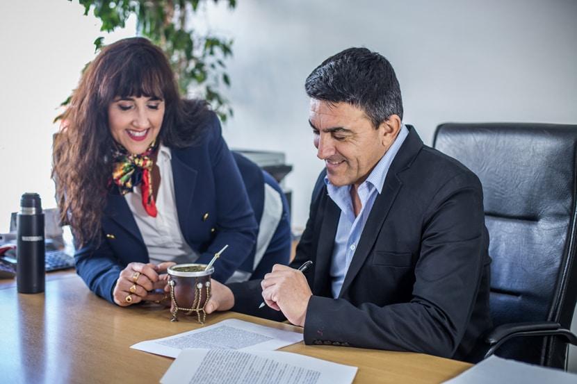 Abel y Laura Zucheli. Integrantes de Zucheli Hermanos. Líderes del mercado de propiedades inmuebles en Puerto Madryn